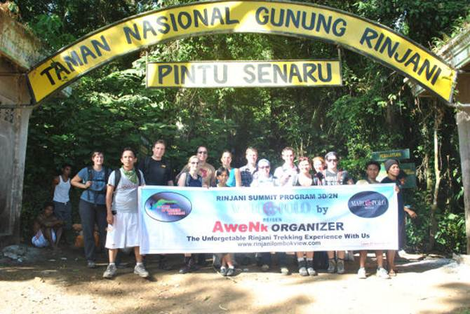 Rinjani Trekking to Crater Rim Senaru to Lake 3 Days