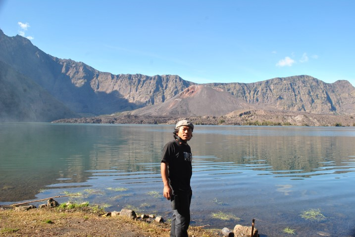 Rinjani Trekking to Lake, Summit 3 Days