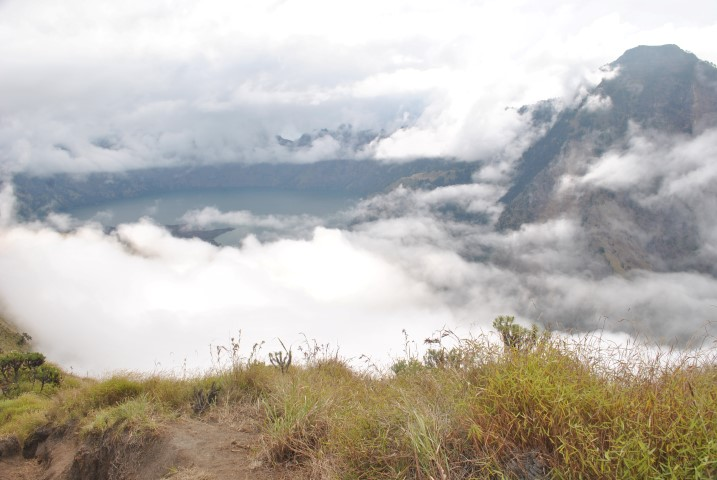 Guide-to-rinjani-trekking