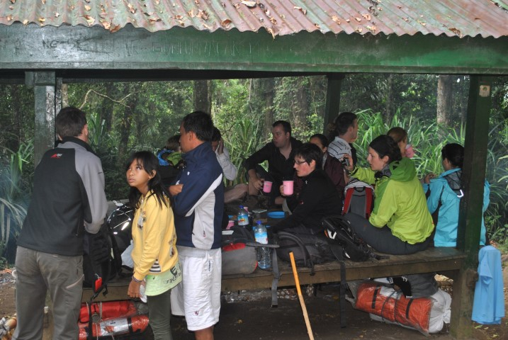 rinjani trekking post